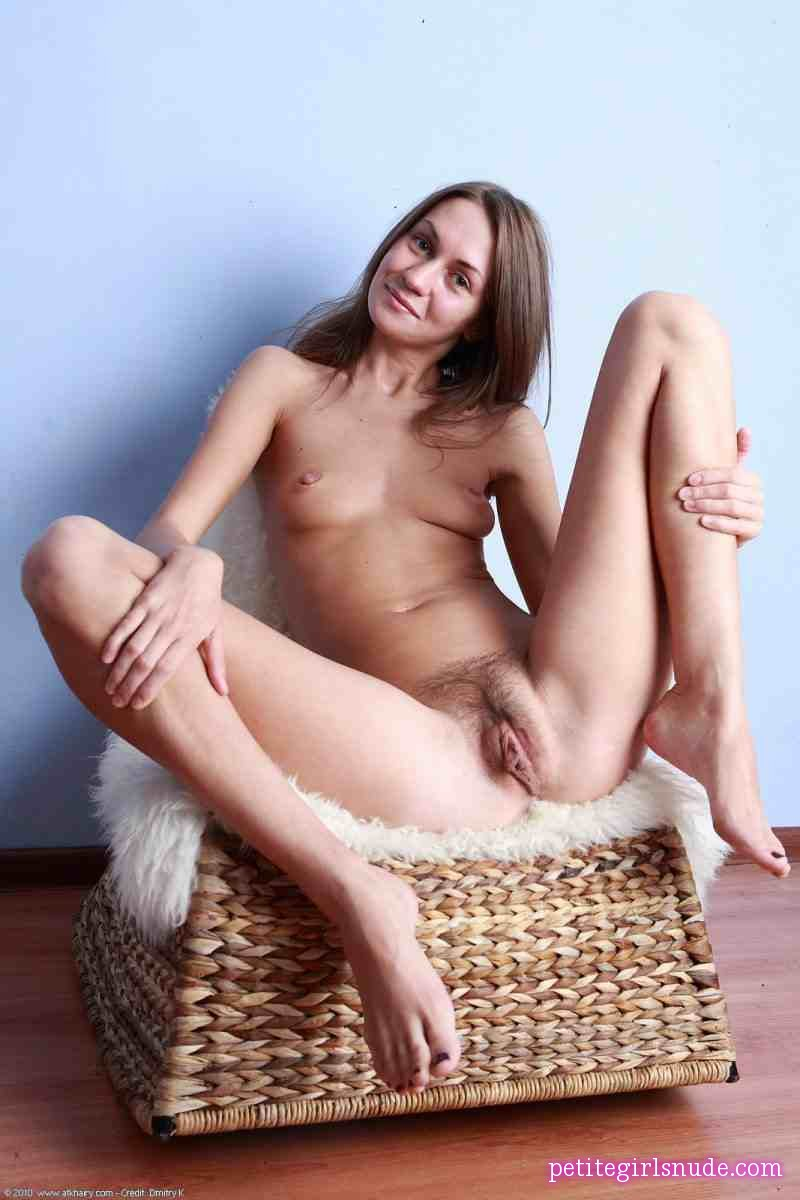 Julietta,Julia D Nude Pics And Biography - Petite Girls Nude-6058