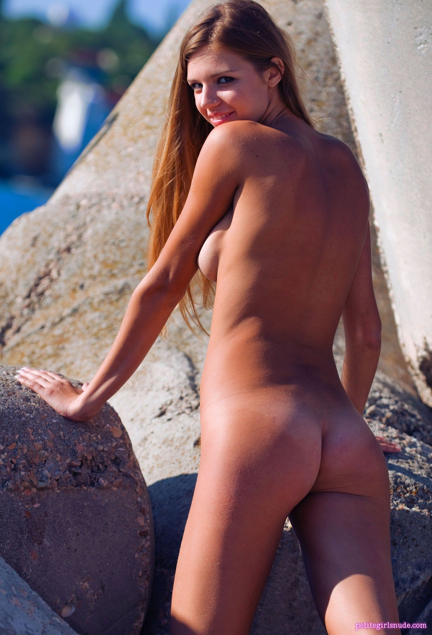 spain naked beach pictures